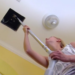 Clean a Bathroom Fan